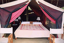 Kulalu Safari Camp Bed - Tsavo East